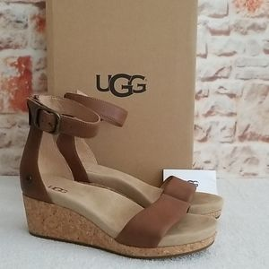 New UGG Zoe II Chestnut Wedge Sandals